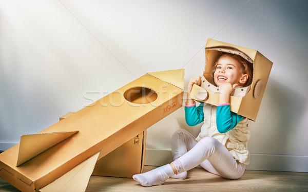 Astronot çocuk kostüm gülümseme takım elbise genç Stok fotoğraf © choreograph