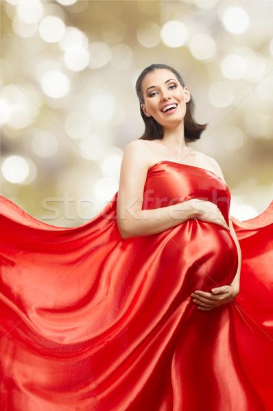 Longo vestir belo mulher jovem vermelho amor Foto stock © choreograph