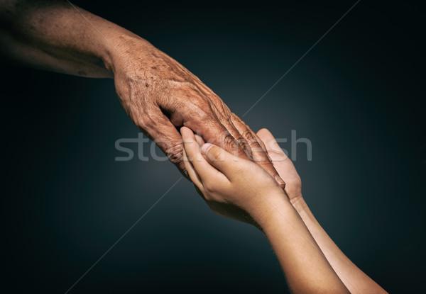 Palmen Jugend Erwachsene Kind Mutter helfen Stock foto © choreograph