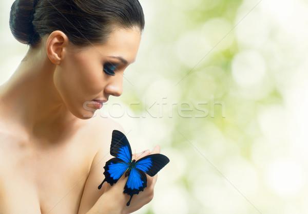 Pillangó nő lány gyönyörű tavasz nők Stock fotó © choreograph