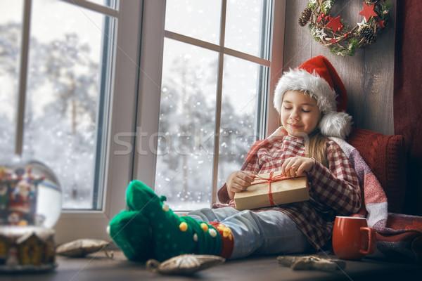Сток-фото: девушки · сидят · окна · веселый · Рождества · счастливым