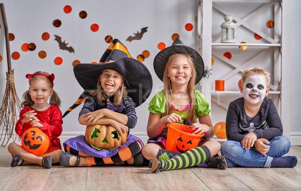 Gyerekek halloween boldog fivér három nővérek Stock fotó © choreograph