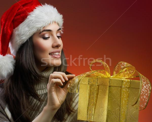 Noël présente fille chapeau cadeau visage Photo stock © choreograph