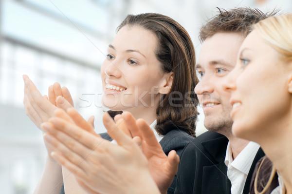 Foto stock: Pessoas · de · negócios · equipe · bem · sucedido · sorridente · jovem · escritório