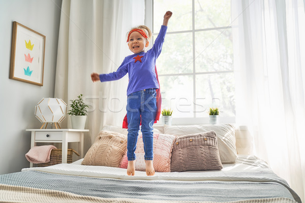 Enfant jouer peu enfants chambre Photo stock © choreograph