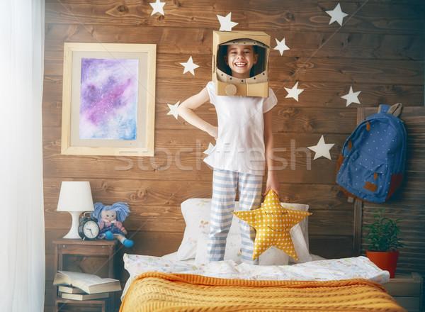 девушки астронавт костюм ребенка играет Сток-фото © choreograph