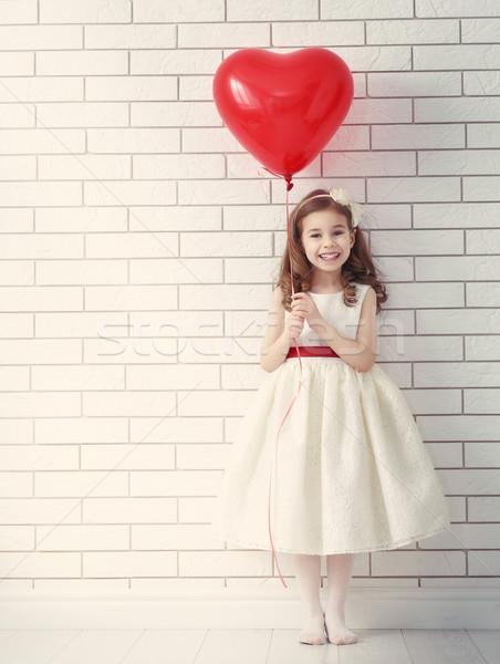 ストックフォト: 少女 · 赤 · 中心 · 甘い · 子 · 幸せ