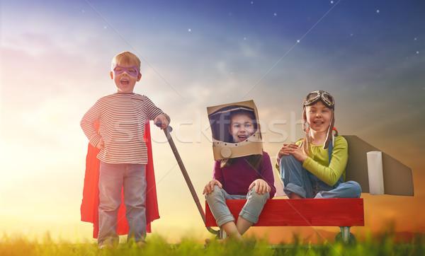 друзей играх улице детей астронавт экспериментального Сток-фото © choreograph