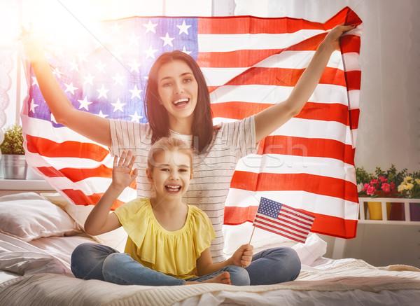 Patriótico férias família feliz mãe filha criança Foto stock © choreograph