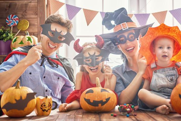 Család ünnepel halloween anya apa szórakozás Stock fotó © choreograph