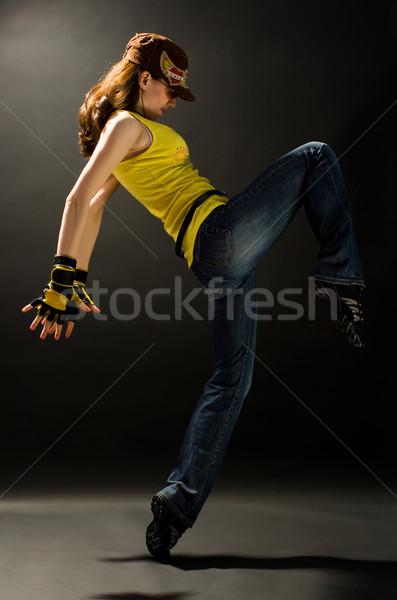 Moderna jóvenes agradable nina baile mujer Foto stock © choreograph