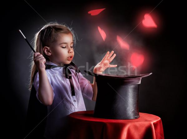 Magik mały uśmiech miłości szczęśliwy dziecko Zdjęcia stock © choreograph
