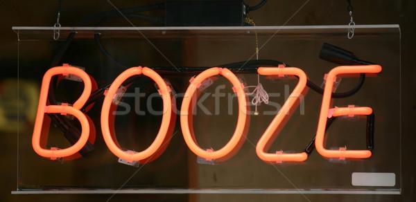 Bebida alcoólica assinar janela negócio luz Foto stock © chrisbradshaw