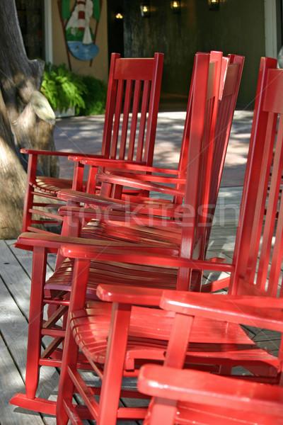 Székek csetepaté csinos piros fa nyár Stock fotó © chrisbradshaw
