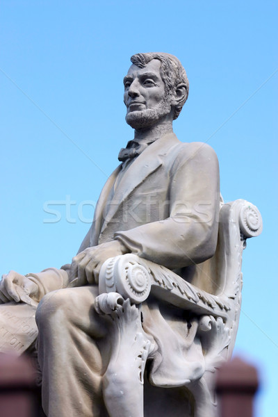 Lincoln Statue Stock photo © chrisbradshaw