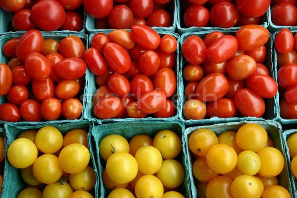 Koktélparadicsom köteg kicsi étel farm piac Stock fotó © chrisbradshaw