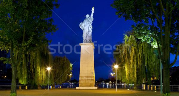 Heykel özgürlük Paris ikonik köprü nehir Stok fotoğraf © chrisdorney