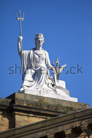 Rainha estátua palácio Londres impressionante fora Foto stock © chrisdorney