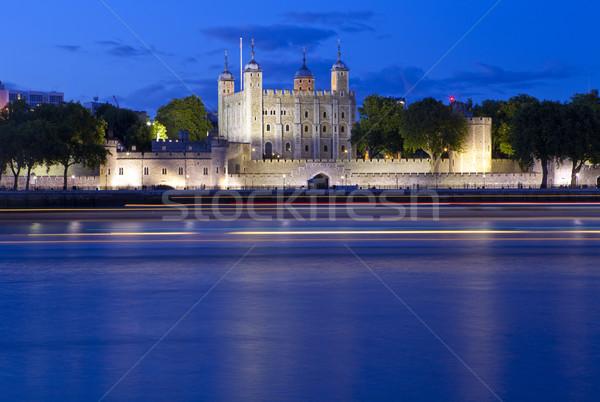 Torony London folyó Temze történelmi alkonyat Stock fotó © chrisdorney