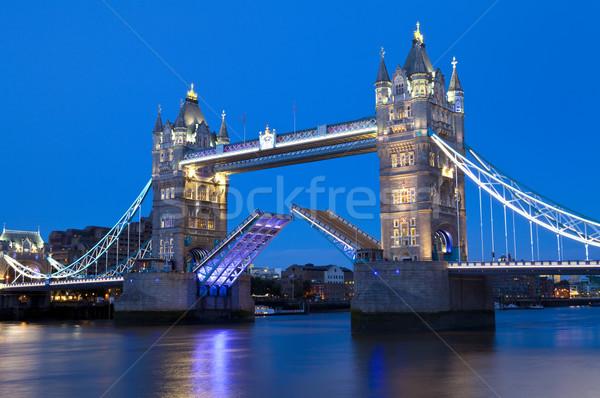 Tower Bridge akşam karanlığı Londra gemi gece Stok fotoğraf © chrisdorney