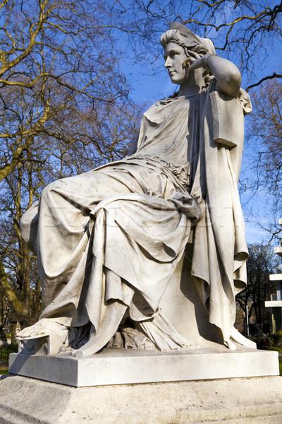 Heykel yeşil ünlü aktris Londra şehir Stok fotoğraf © chrisdorney