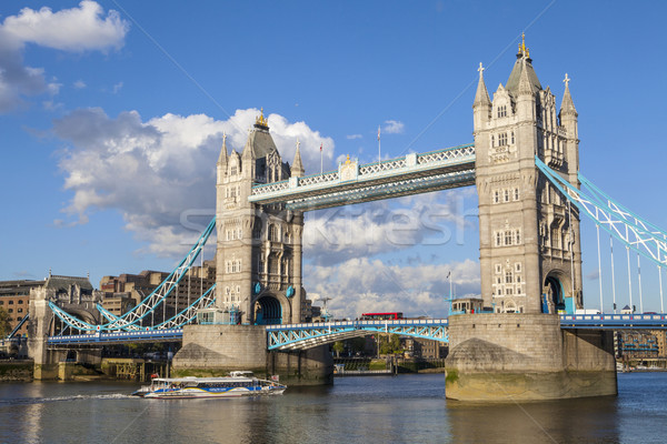 Tower Bridge Londres ponte viajar rio Foto stock © chrisdorney