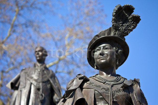 Statues of Queen Mother Elizabeth and King George IV Stock photo © chrisdorney
