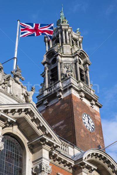 Ratusz wieża imponujący podróży banderą Zdjęcia stock © chrisdorney