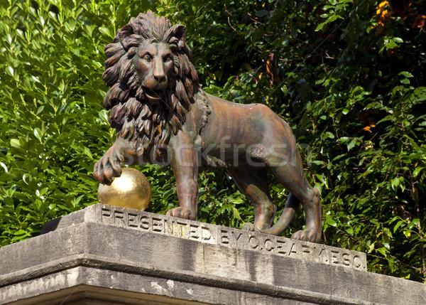 Lion Statue on Royal Avenue in Bath Stock photo © chrisdorney