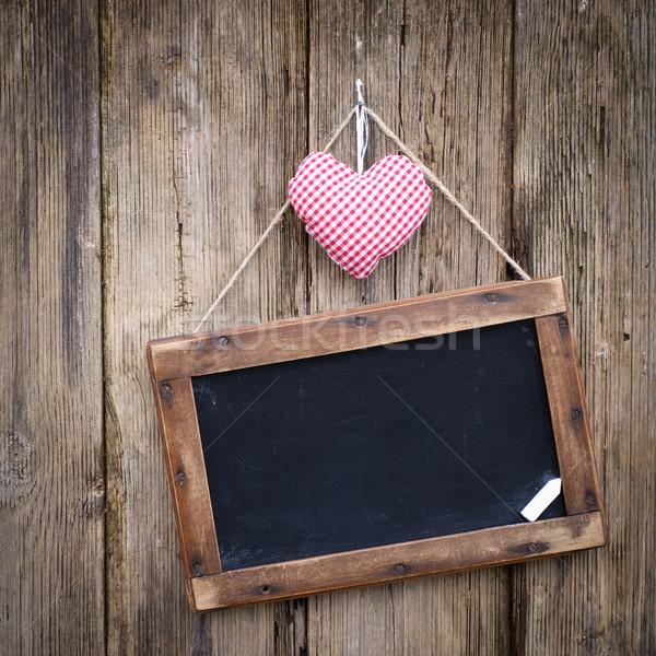 Lavagna cuore legno terra Foto d'archivio © ChrisJung