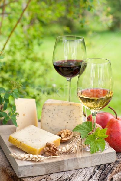 Vinho queijo prato natureza decoração quebrar Foto stock © ChrisJung