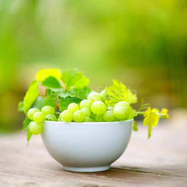 Uvas tigela fruto Foto stock © ChrisJung