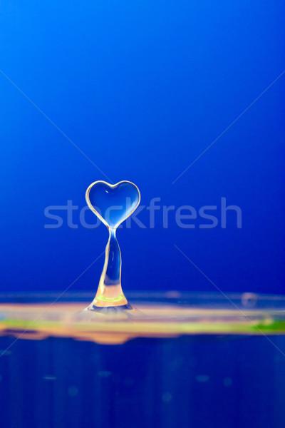 Goutte d'eau bleu gouttes d'eau lumière fond chute Photo stock © chrisroll