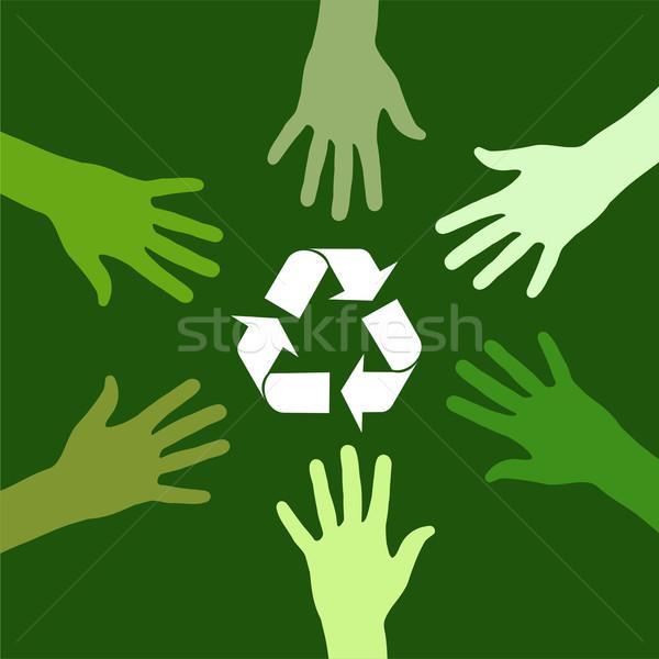 Reciclagem verde equipe assinar mãos Foto stock © cienpies
