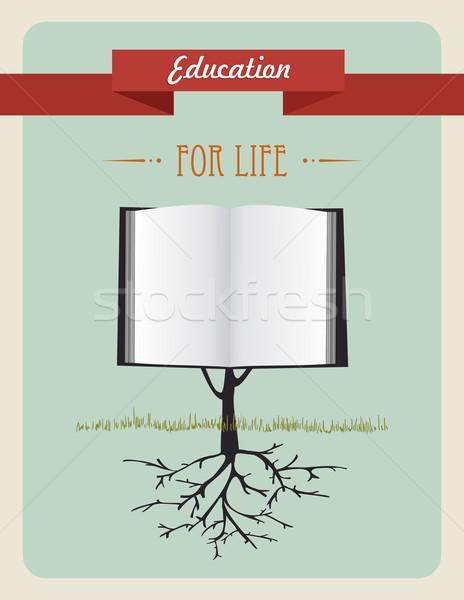 Eğitim ağaç kitap bağbozumu açık kitap örnek Stok fotoğraf © cienpies