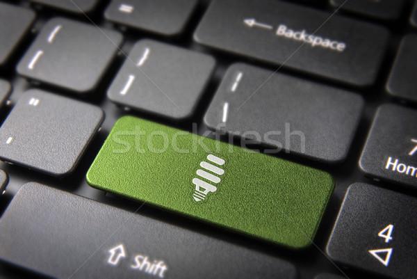 Groene energie toetsenbord sleutel milieu eco lamp Stockfoto © cienpies