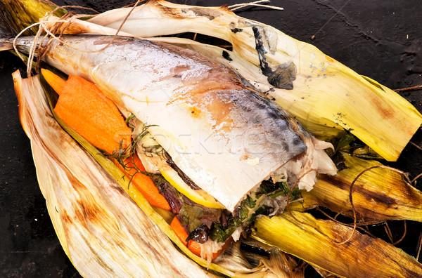 Cavala legumes ervas preto panela Foto stock © Cipariss