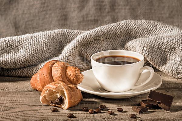 Kávé croissantok gyapjú sál magvak kávéscsésze Stock fotó © Cipariss