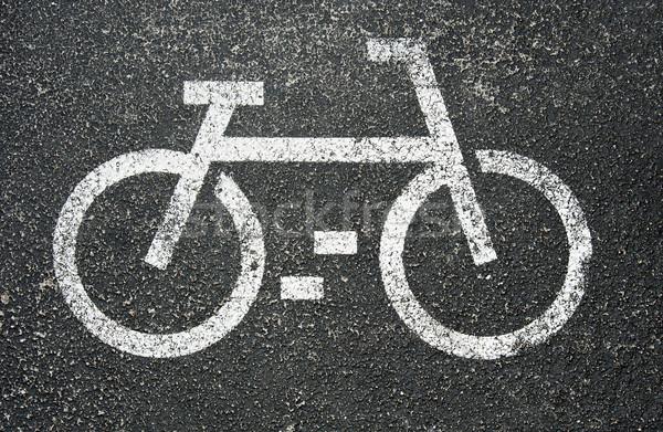 Fehér biciklik felirat festett aszfalt város Stock fotó © cla78
