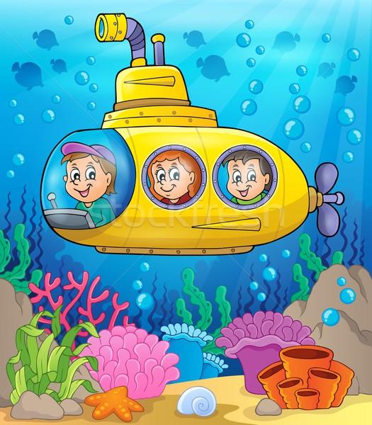 Onderzeeër afbeelding water gelukkig kind venster Stockfoto © clairev