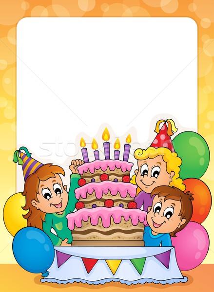Foto d'archivio: Party · frame · sorriso · bambino · torta · ragazzo