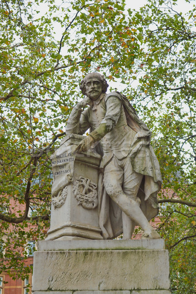 Shakespeare statue Stock photo © claudiodivizia