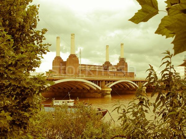 Retro bakıyor Londra bağbozumu bakmak Stok fotoğraf © claudiodivizia