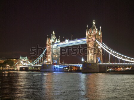 Tower Bridge Londra fiume thames notte Europa Foto d'archivio © claudiodivizia