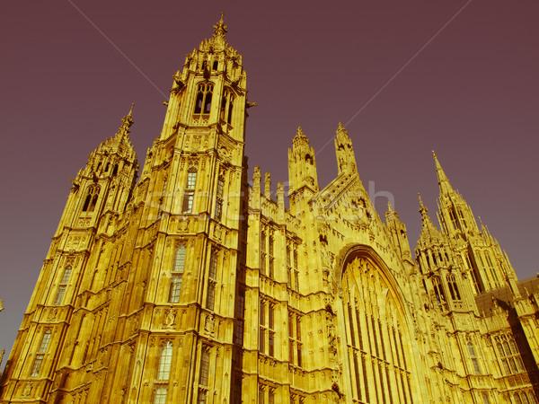 Retro guardando case parlamento vintage guardare Foto d'archivio © claudiodivizia