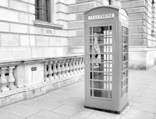 London telefon doboz hagyományos piros magas Stock fotó © claudiodivizia