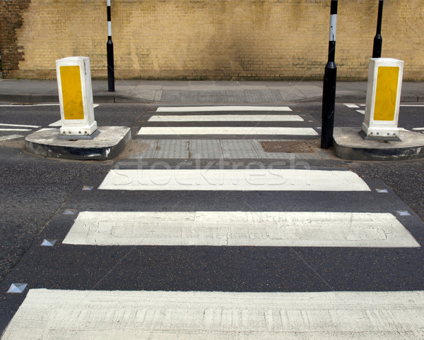 Zebra voetganger verkeersbord weg straat teken Stockfoto © claudiodivizia