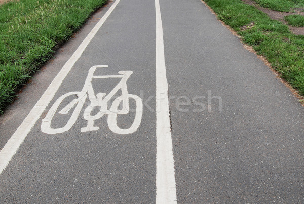 自転車 レーン にログイン 自転車 ストックフォト © claudiodivizia