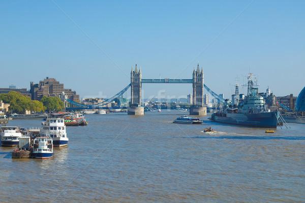 London bridge rivière thames Londres ville urbaine Photo stock © claudiodivizia