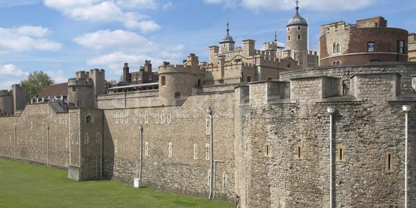 башни Лондон средневековых замок тюрьмы строительство Сток-фото © claudiodivizia